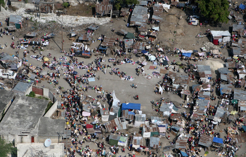 Navy-Marine Corps team unloads supplies in Haiti « The ...