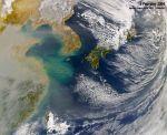 734px-Haze_over_East_China_Sea,_Feb_2004