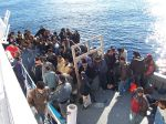 800px-Boat_People_at_Sicily_in_the_Mediterranean_Sea