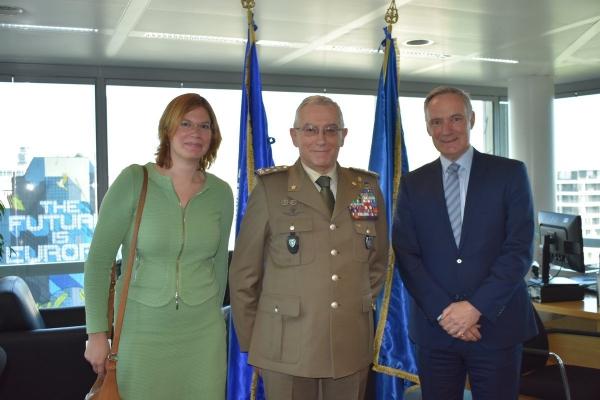 Louise Van Schaik_General Graziano_General Middendorp